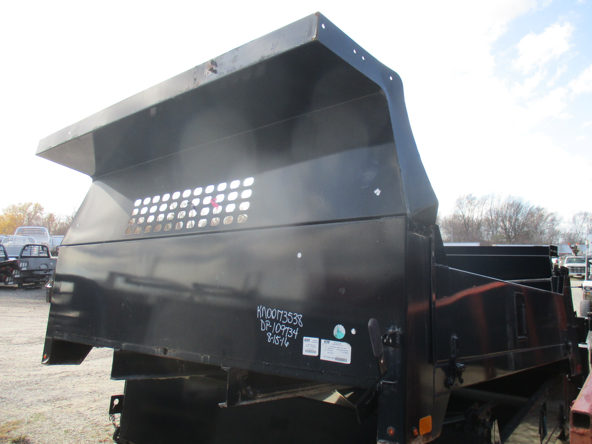 AS IS CM 10 x 97 DP Flatbed Truck Bed