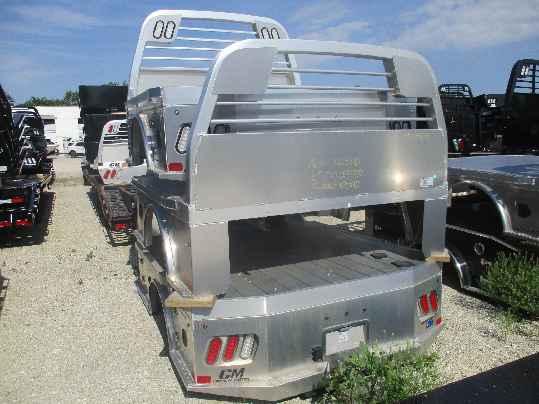 AS IS CM 8.5 x 84 ALSK Flatbed Truck Bed