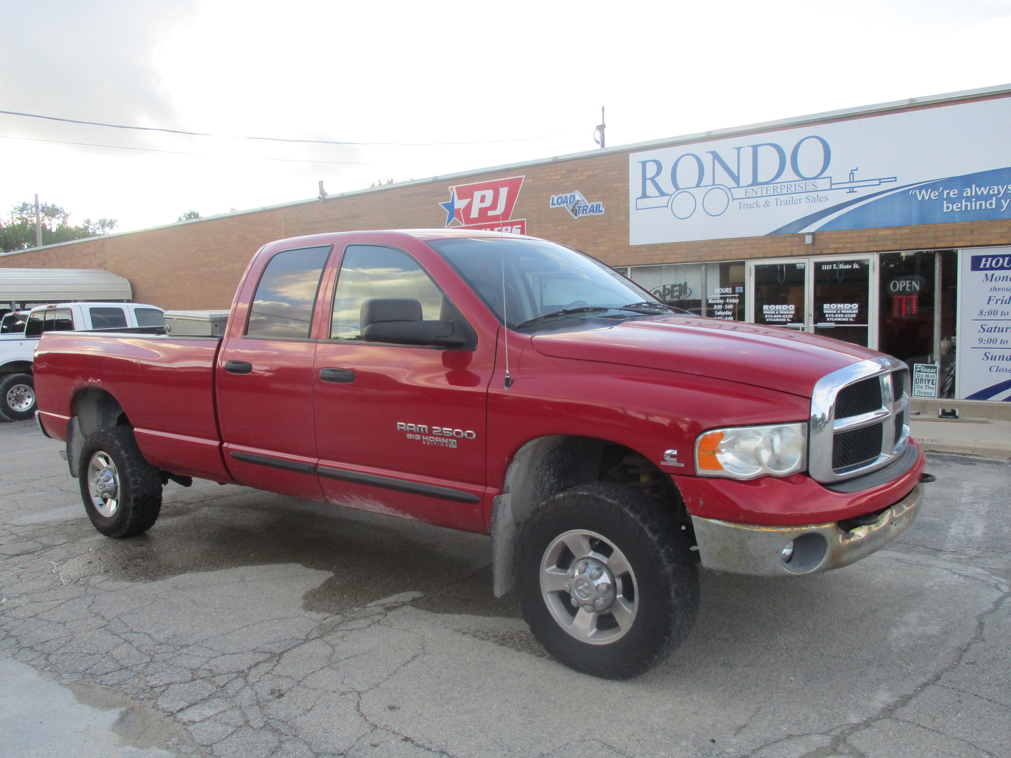 2005 Dodge 2500 Crew Cab Long Bed SLT