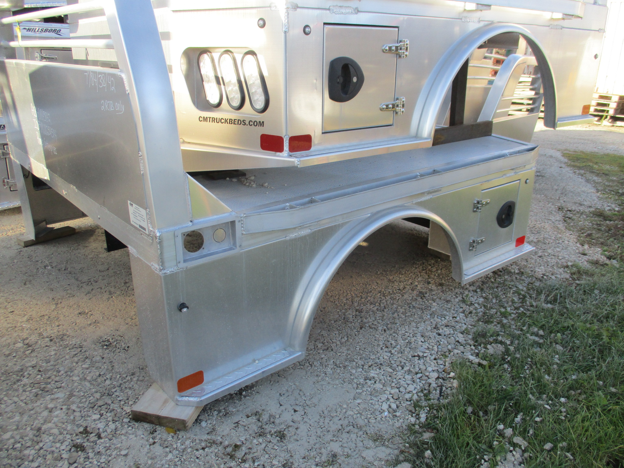 AS IS CM 7 x 84 ALSK Flatbed Truck Bed