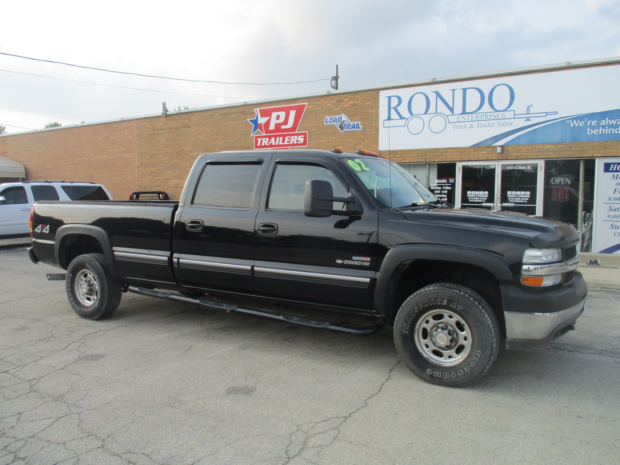 2002 Chevy 2500HD Crew Cab Long Bed LT