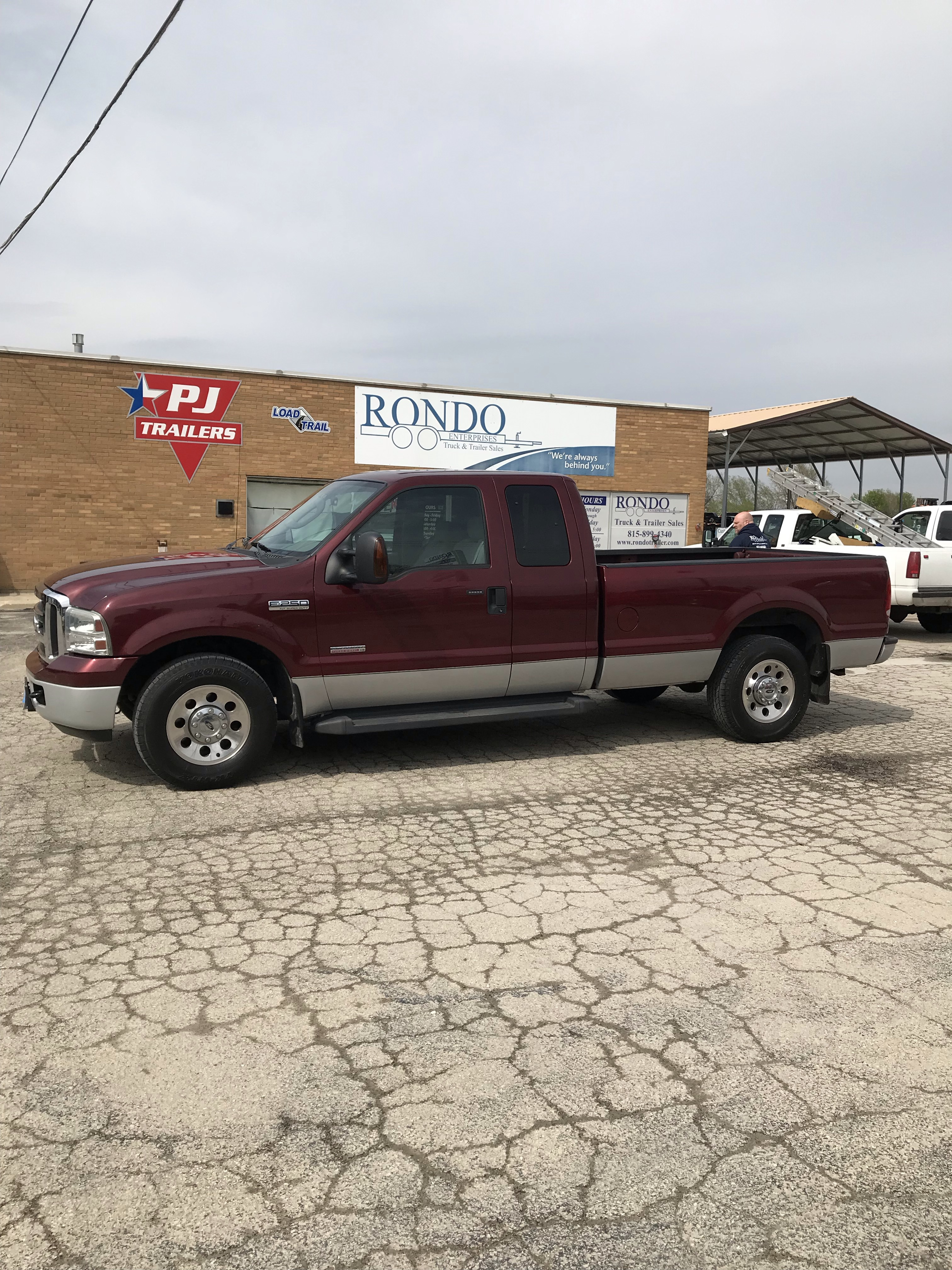 2007 Ford F250 Extended Cab Long Bed XLT