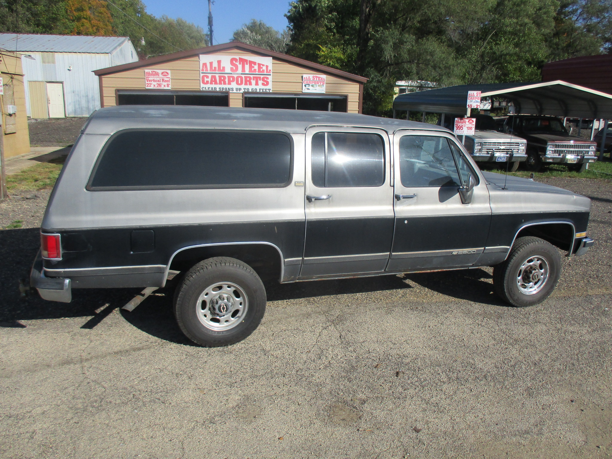 1990 Chevy 2500 Suburban