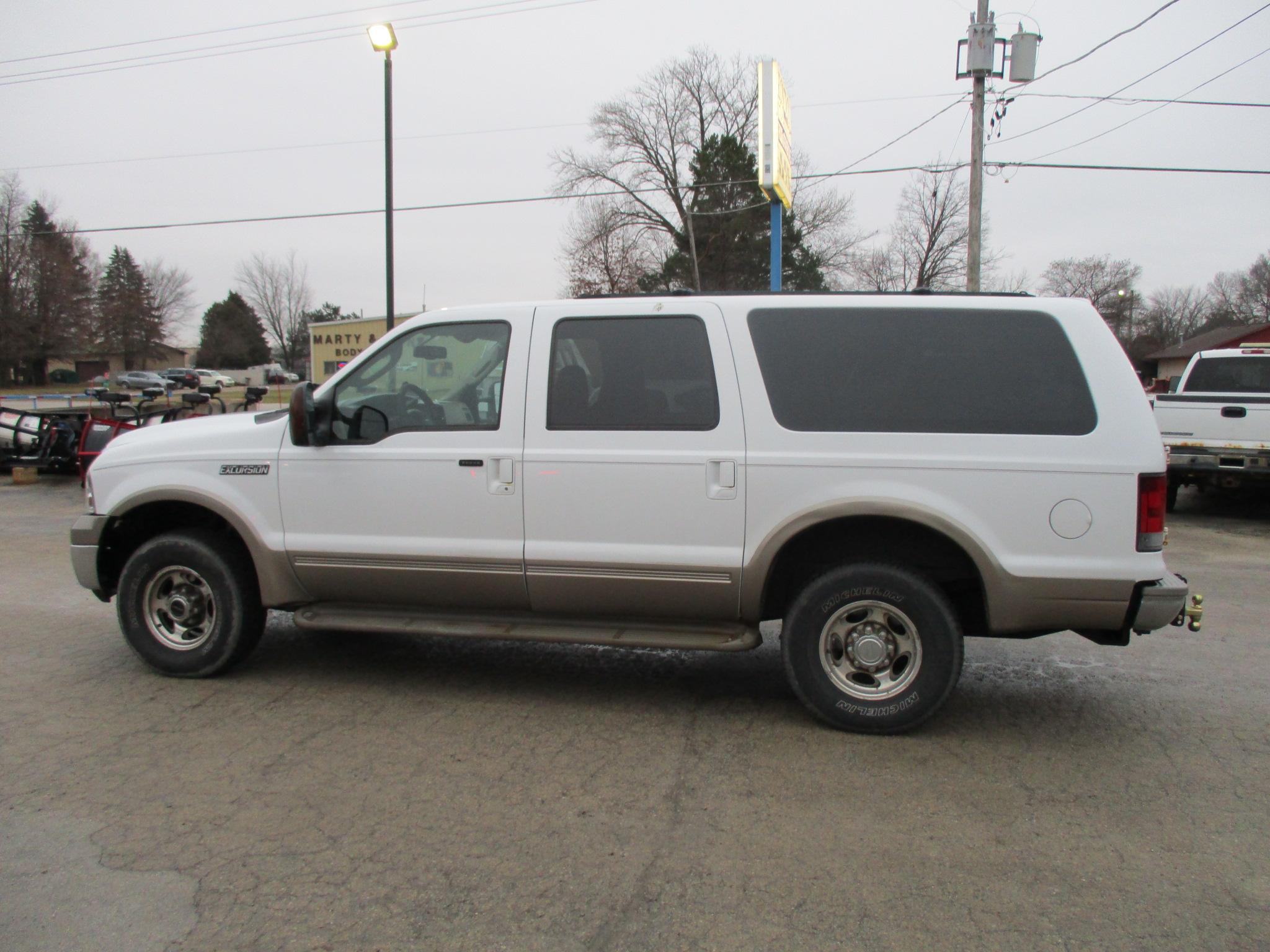 2005 Ford  Excursion SUV   Eddie Bauer