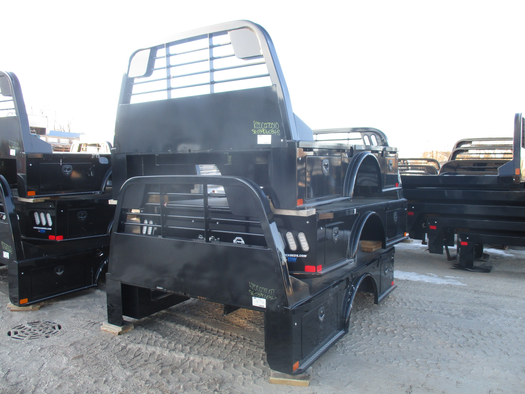New CM 9.3 x 90 SK Flatbed Truck Bed