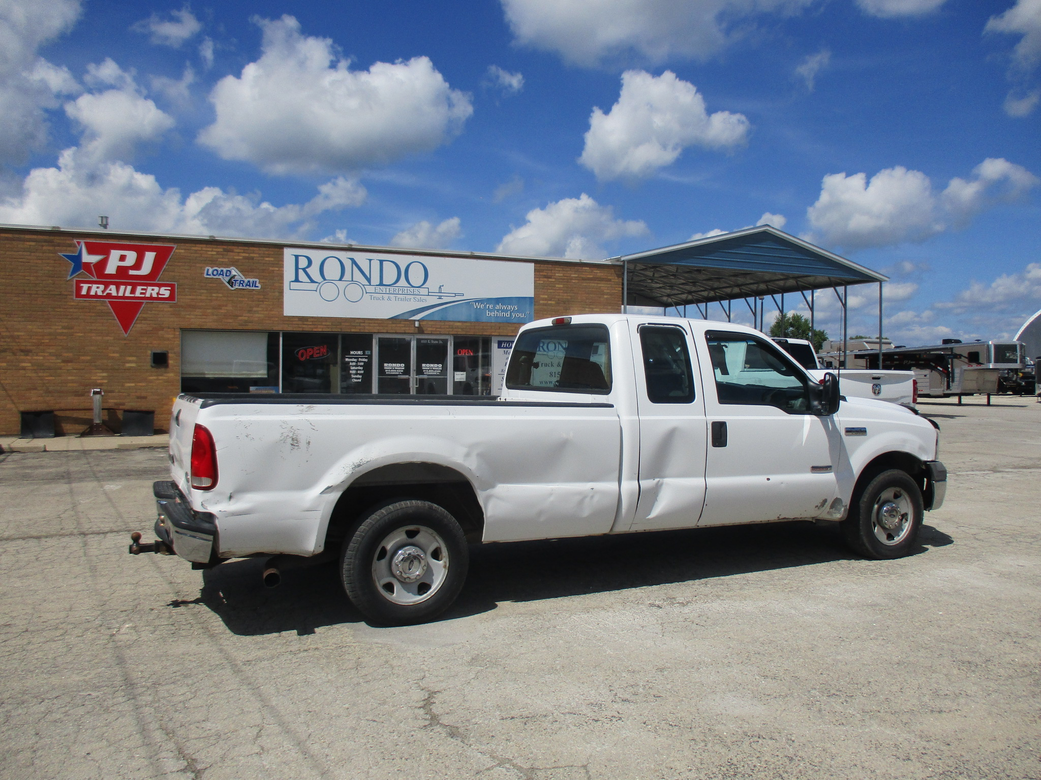 2005 Ford F250 Extended Cab Long Bed XL