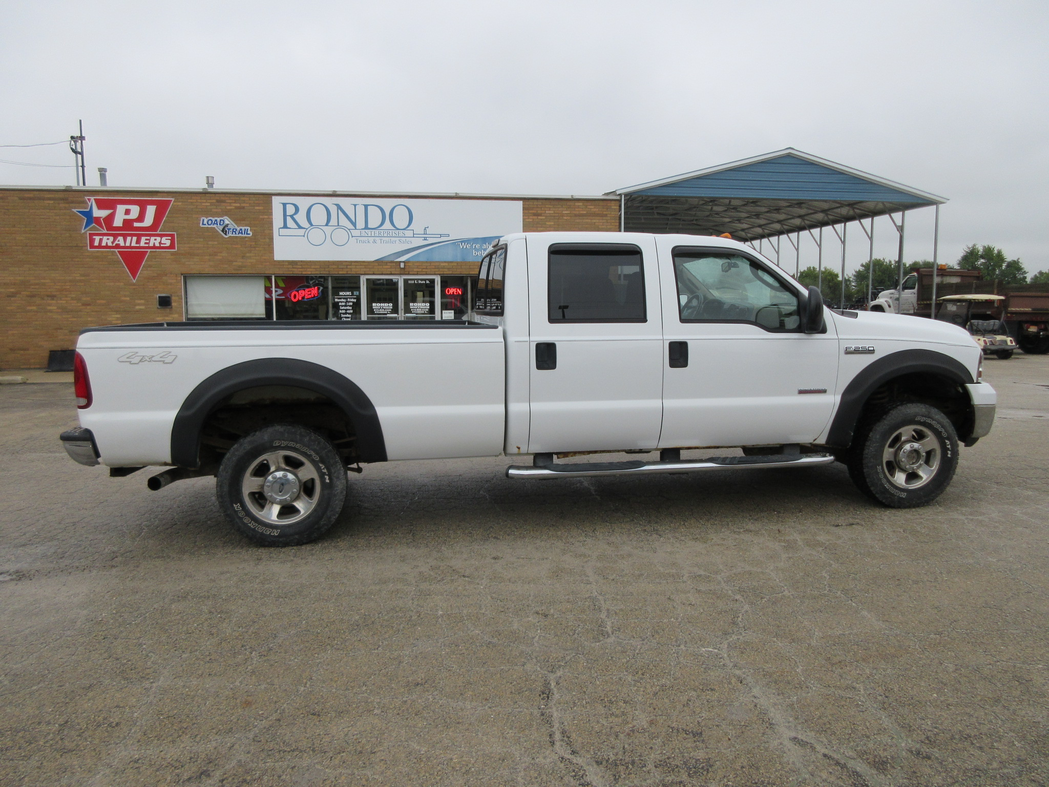 2006 Ford F250 Crew Cab Long Bed Lariat