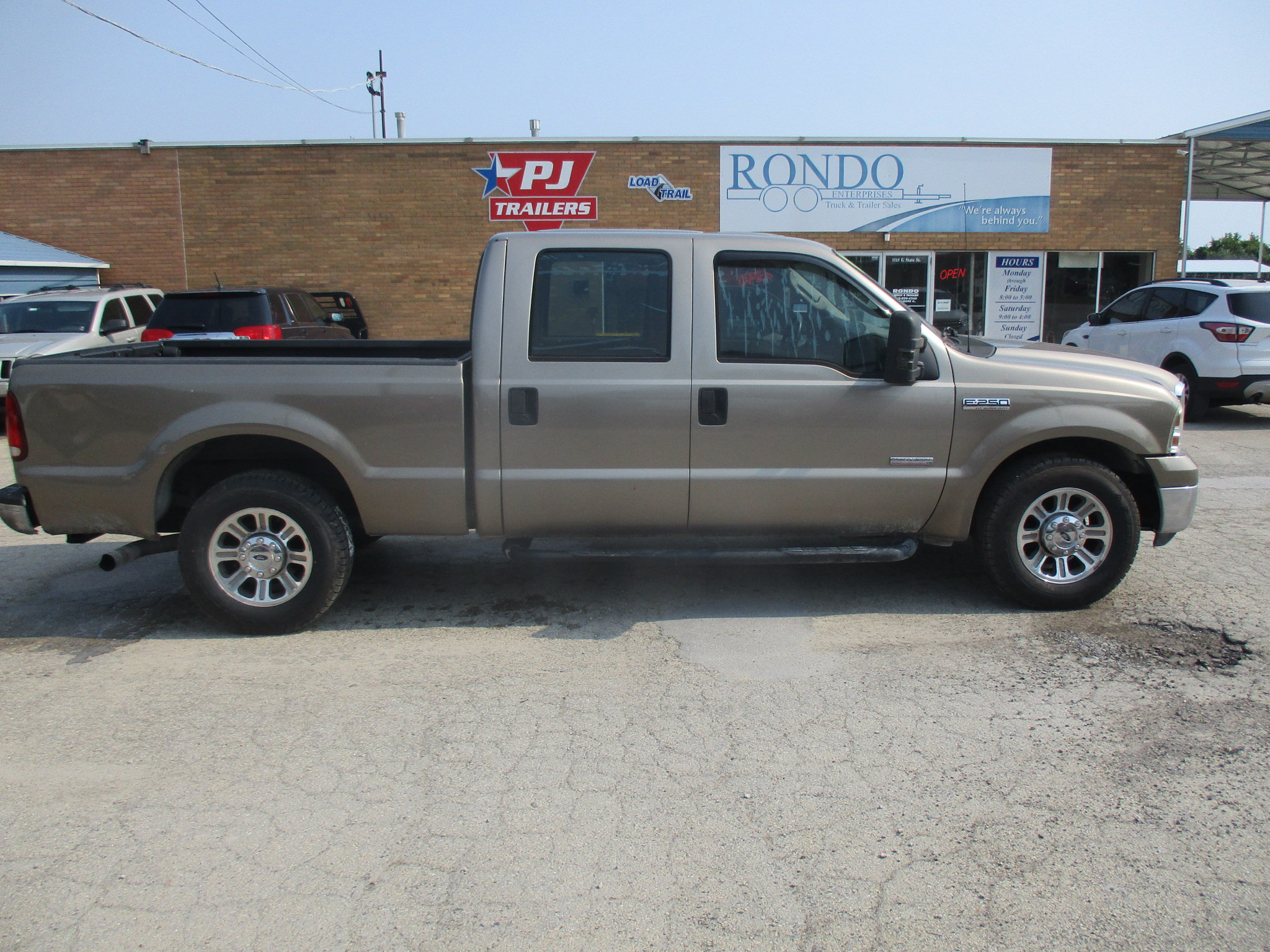 2007 Ford F250 Crew Cab Short Bed XLT