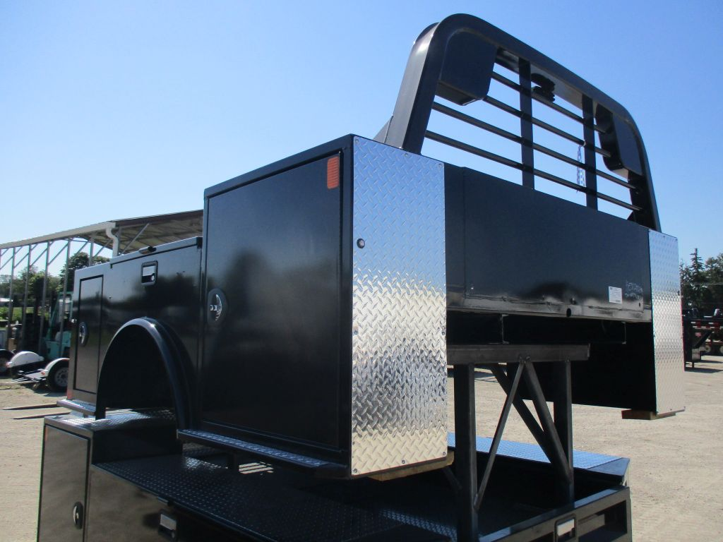 New CM 8.5 x 97 TM Flatbed Truck Bed