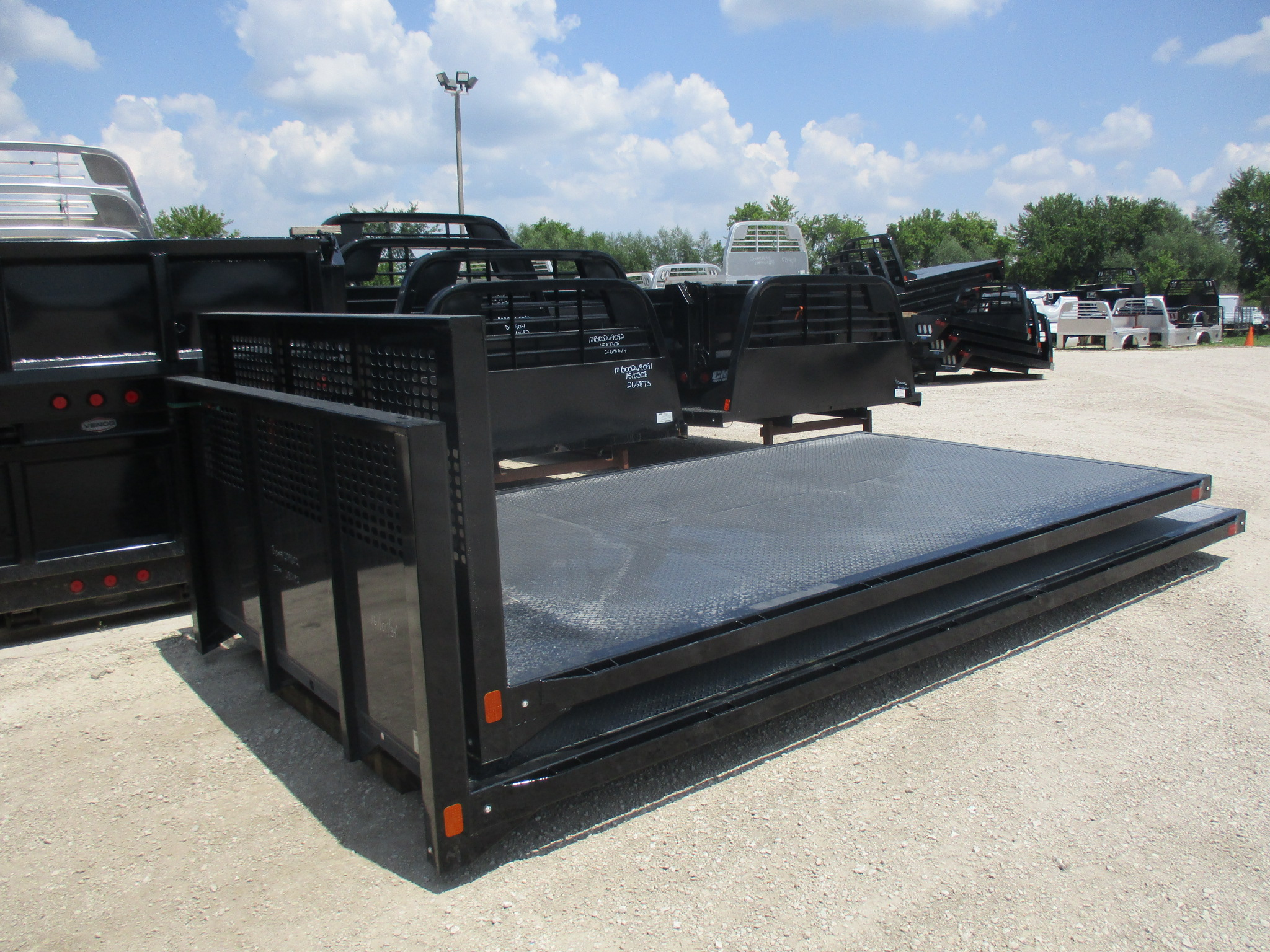 New CM 14 x 101 PL Flatbed Truck Bed