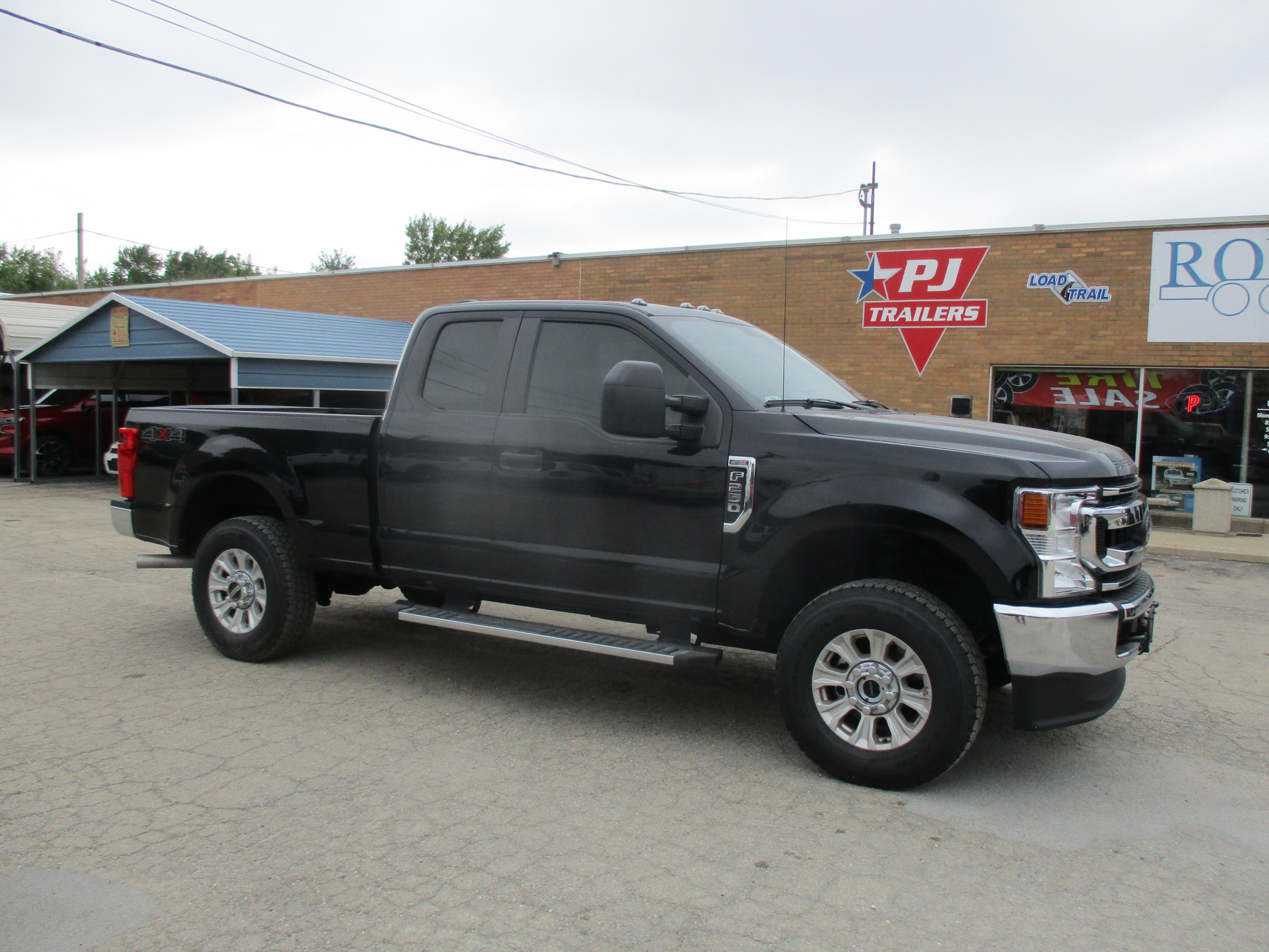 2021 Ford F250 Extended Cab Short Bed XL
