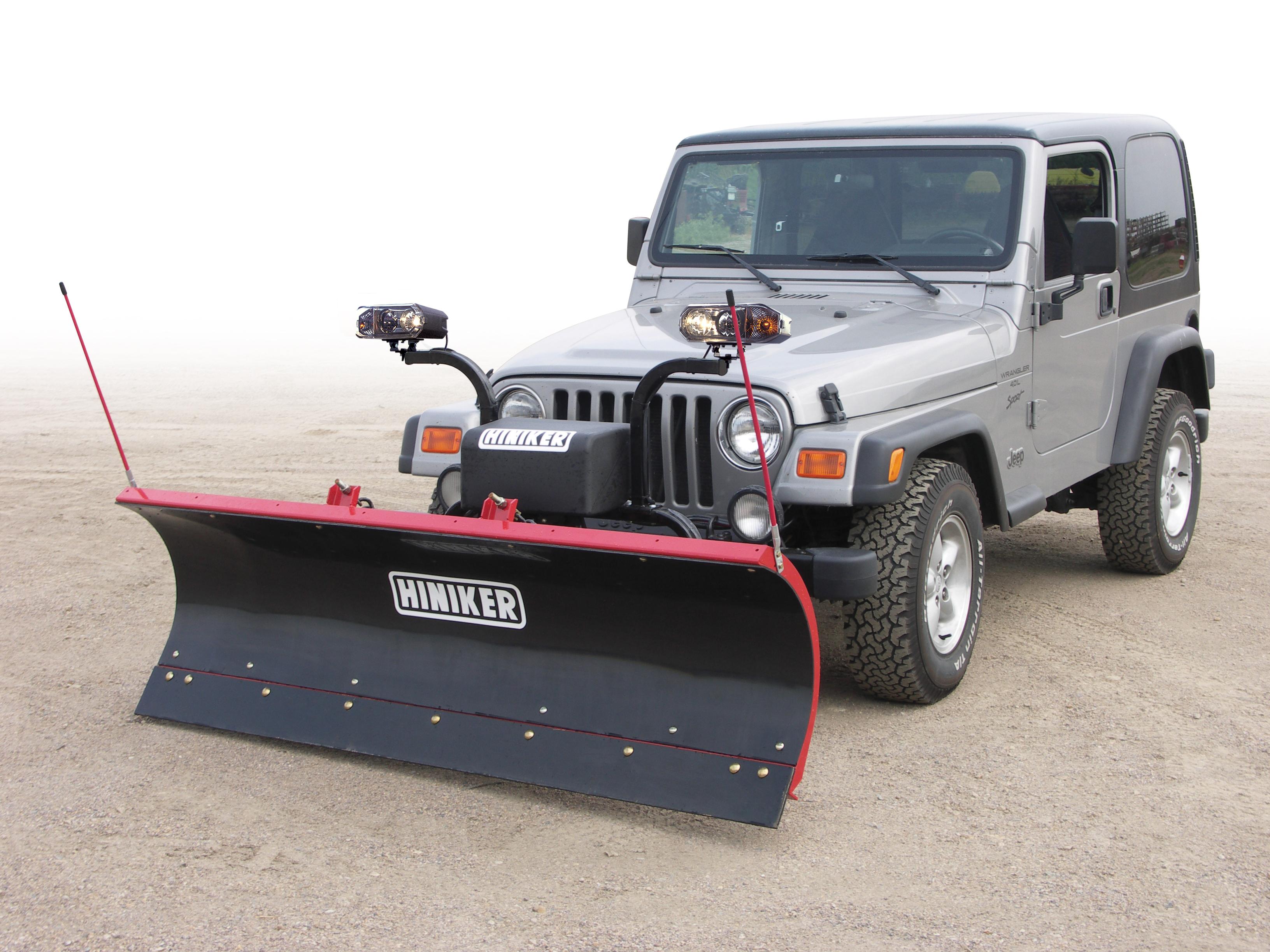 New Hiniker 752 Model, Mid-Size, Full Trip Edge, Halogen headlights Poly Straight Blade, QH1